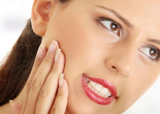 Чим зняти зубний біль?