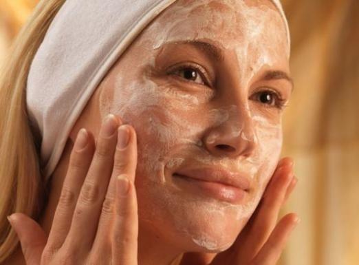 Що робити, якщо лущиться шкіра?