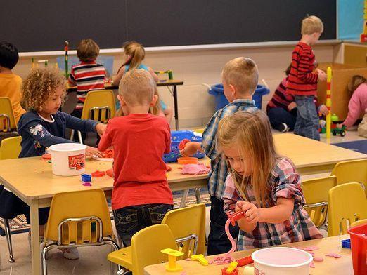 Що подарувати дитячому саду?