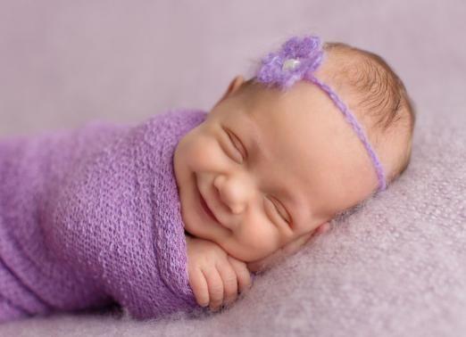 Фотографувати новонароджених сплячими - погана прикмета?