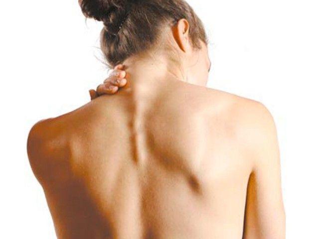 Головні болі при остеохондрозі шийного відділу: кращі способи вирішення проблеми