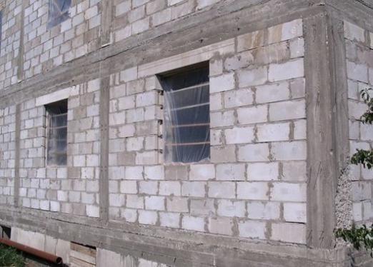 З чого роблять стіни?