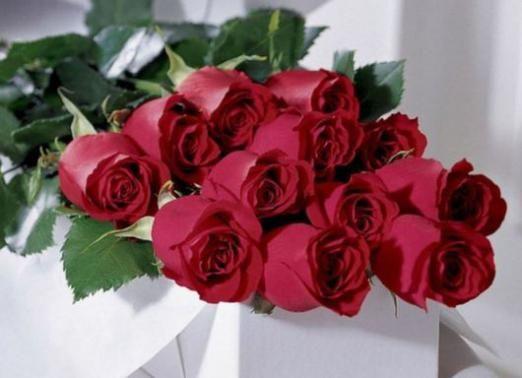 До чого сниться букет троянд?