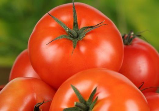 До чого сняться червоні помідори?