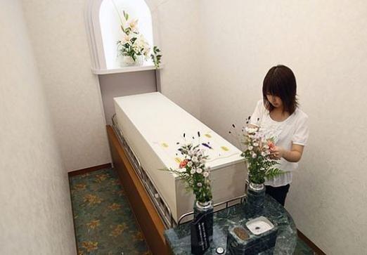До чого сняться поховання померлого?