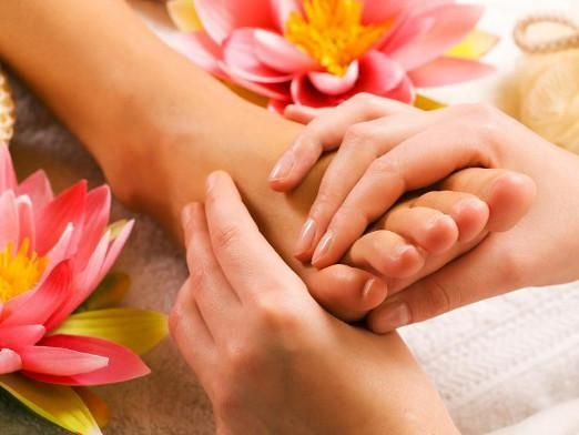 Як робити масаж стопи?