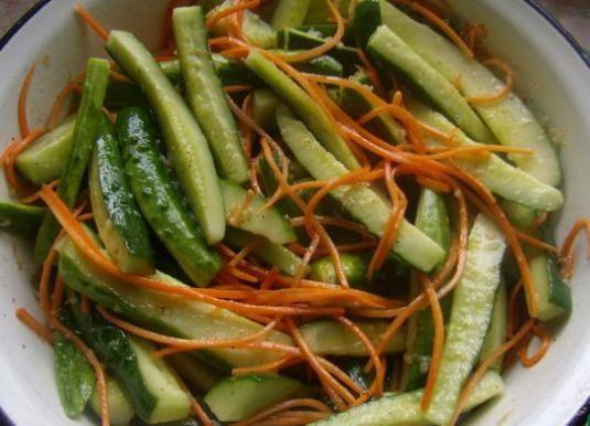 Як приготувати огірки?