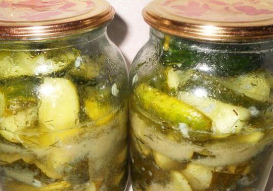 Як приготувати салат на зиму?