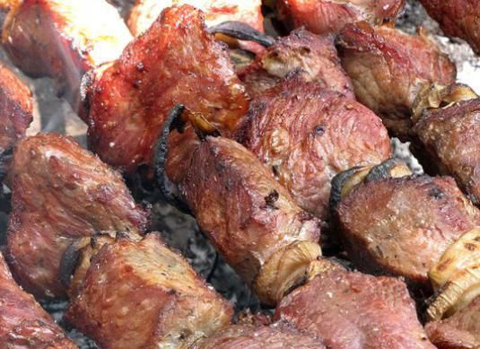 Як приготувати шашлик зі свинини?