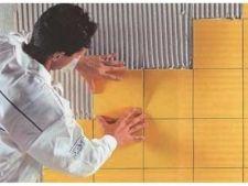 Як укладати плитку на стіну