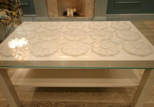 Як прикрасити стіл своїми руками?