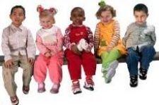 Як вибрати зручну і гіпоалергенну взуття для дитини