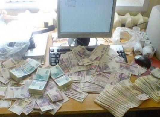 Як заробити гроші без вкладень в інтернеті?