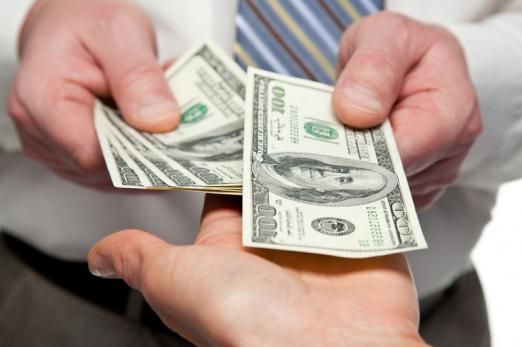 Яким чином кредит може бути вигідним для покупця?