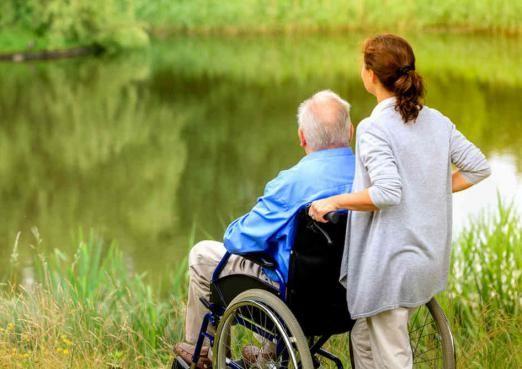 Кваліфіковане відновлення хворих поважного віку - запорука їхнього довголіття