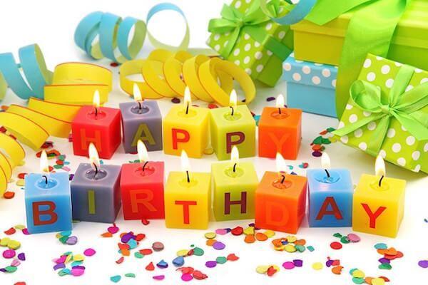 Оригінальний подарунок кращій подрузі в день її народження: користь і настрій!