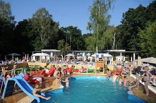 Пляжний відпочинок в москві