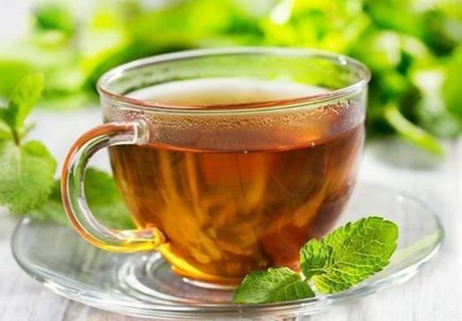 Чи підвищує чай тиск?