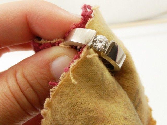 Прості та ефективні способи почистити срібло