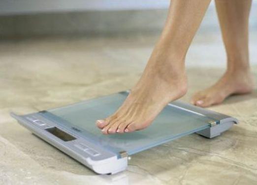 Скільки повинна важити дівчина?