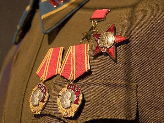 Скільки героїв радянського союзу?