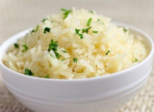 Скільки калорій в рисі?