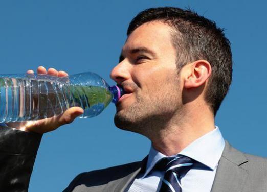 Скільки пити рідини?