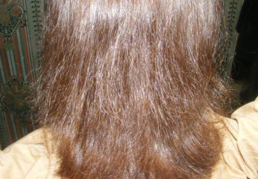 Волосся пушаться: що робити?